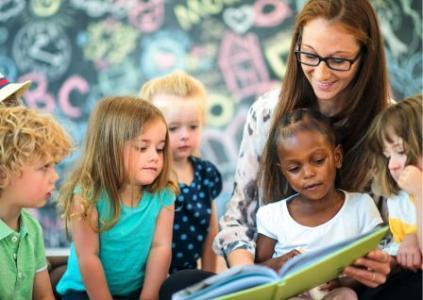Kindergarten Kids Reading Books